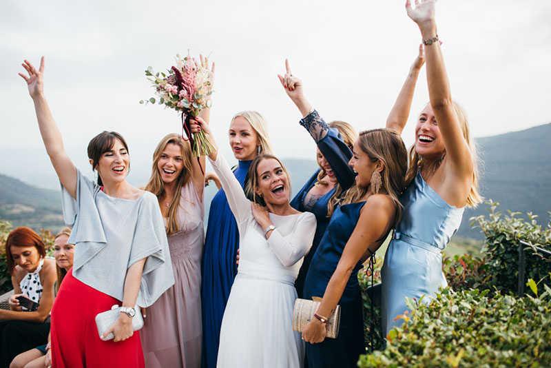 42 amigas novia
