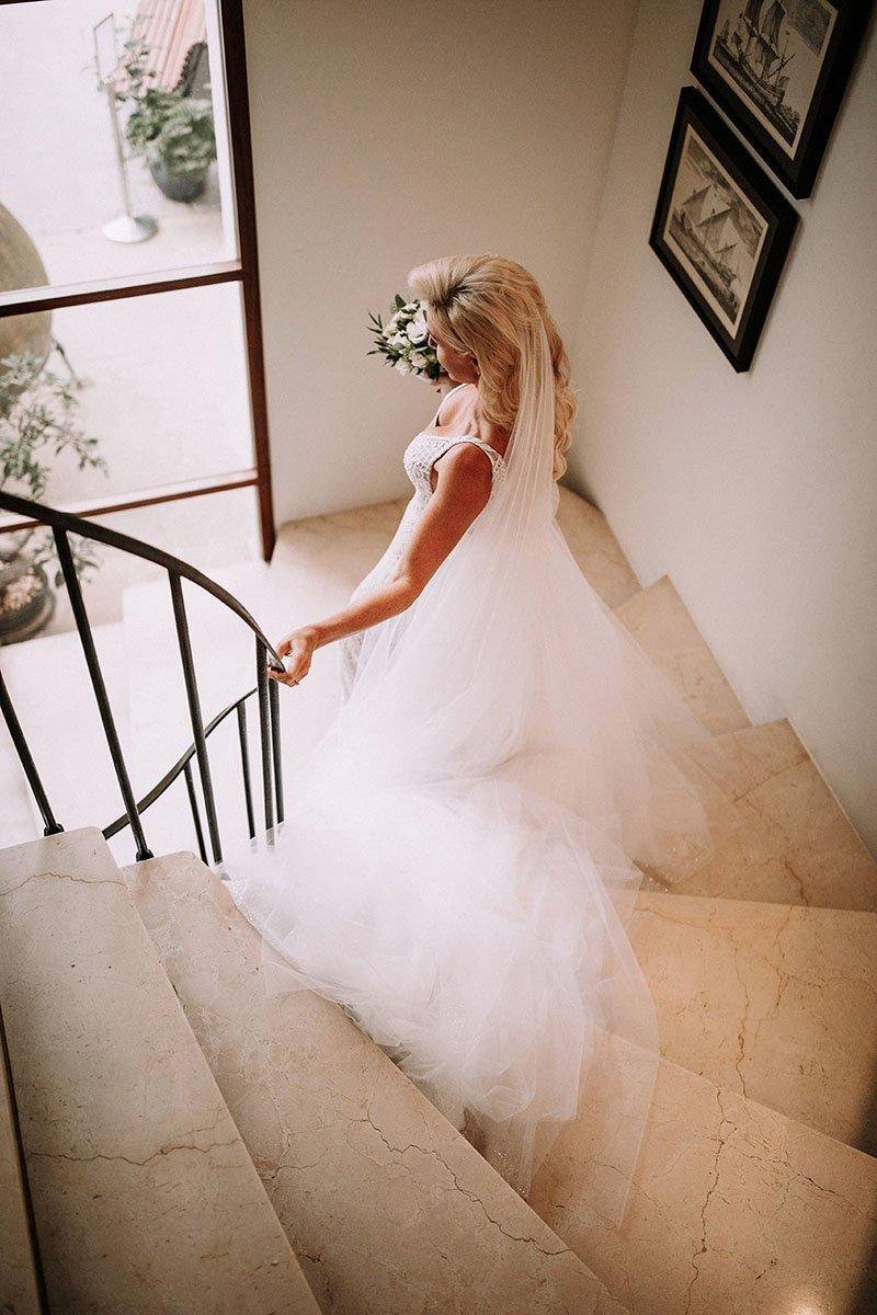 núvia a escala