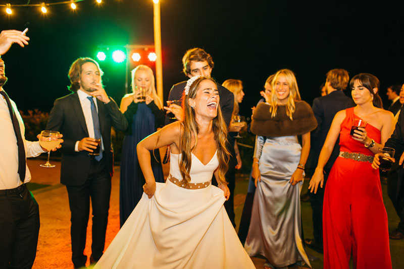 54 disco novia bailando