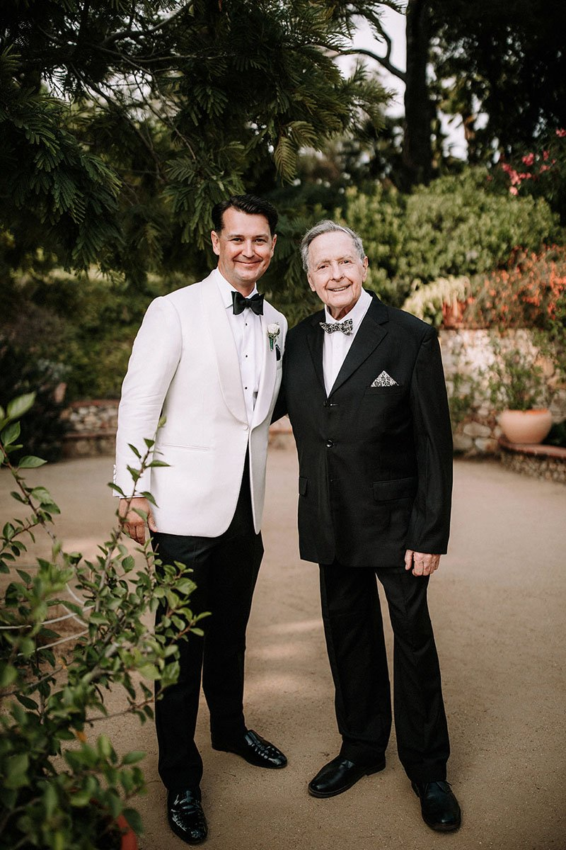 groom-and-his-dad