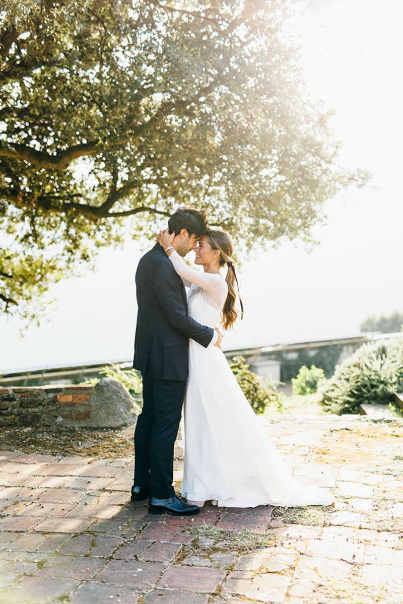 la pareja en la boda