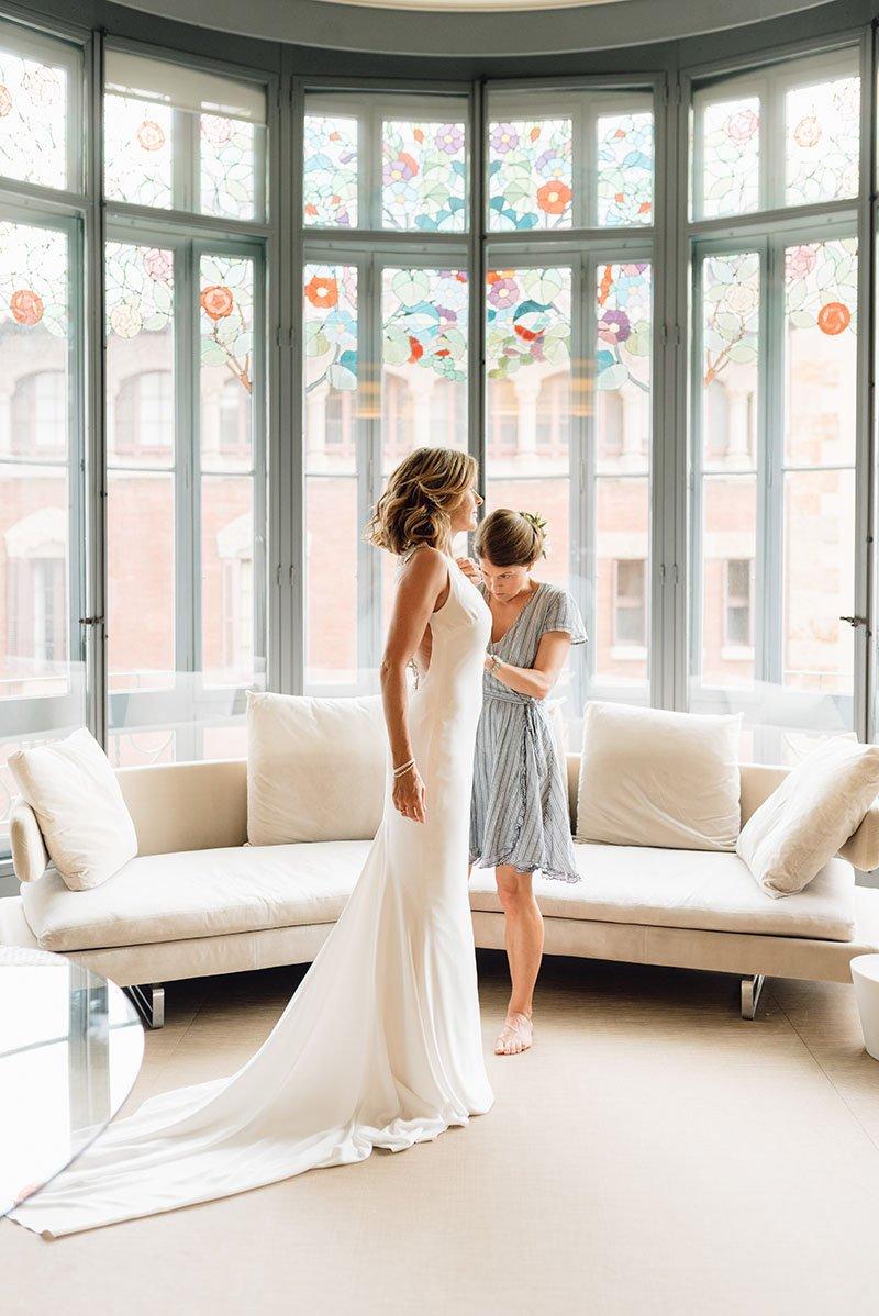 la núvia i la dama d'honor