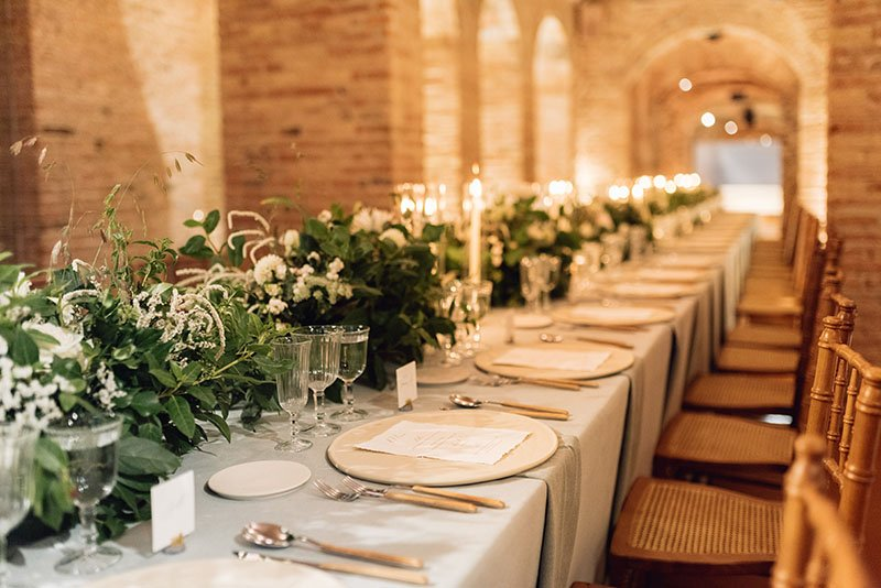 vista de la taula llarga boda