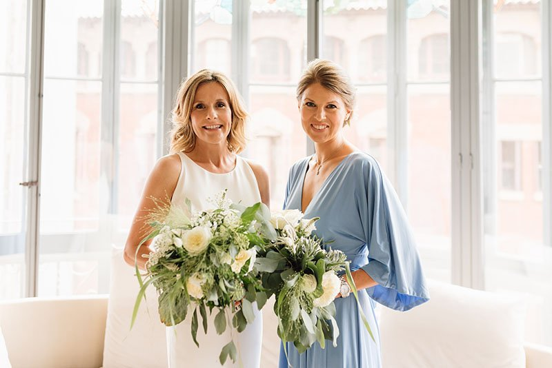bridesmaid-and-bride
